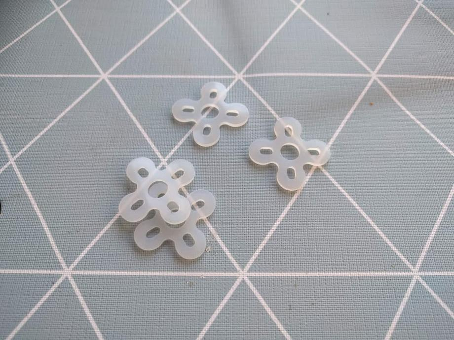 Silicone motor soft mounting pads