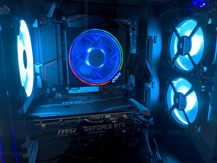 Let there be light in the PC case 2
