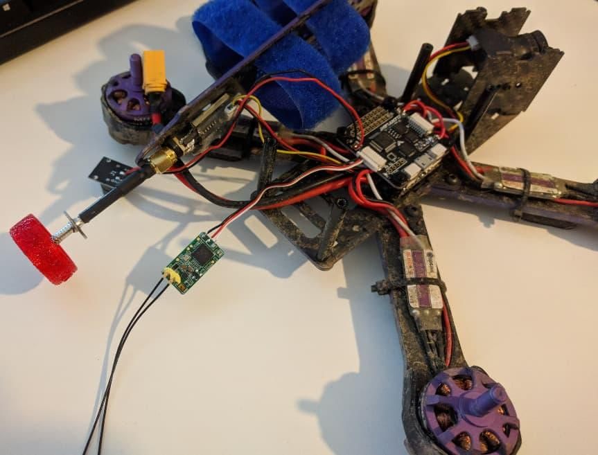 Wizard x220 quad with a Frsky XM+ receiver mod